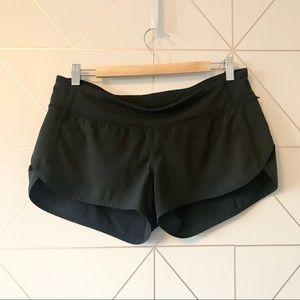 """Lululemon Black Speed Shorts 2.5"""""""